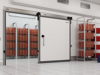 Откатные тяжелые холодильные двери